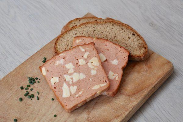 Käsefleischkäse mit Brot | Onlineshop Metzgerei Herpich in Hof